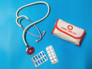 nurse uses meds stethoscope