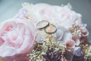 flower and rings